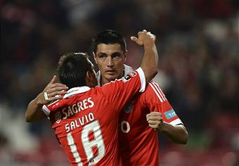 I giocatori del Benfica esultano dopo un gol (Getty Images)