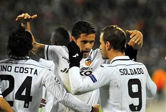 I giocatori del Valencia esultano dopo un gol (Getty Images)