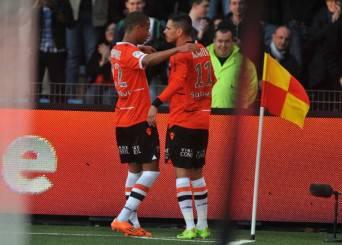 I giocatori del Lorient esultano dopo un gol (Getty Images)