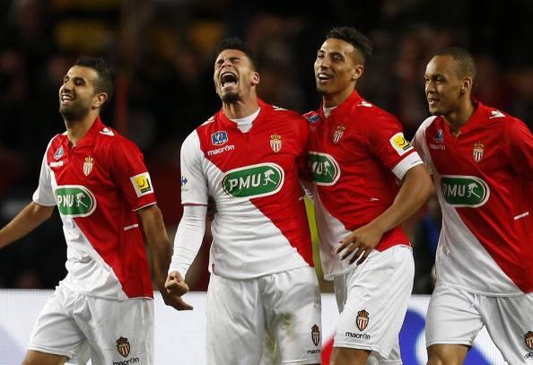I giocatori del Monaco esultano dopo un gol (Getty Images)