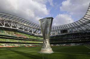 Il trofeo dell'Europa League (Getty Images)