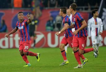I giocatori della Steaua esultano dopo un gol (Getty Images)