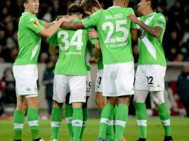 I giocatori del Wolfsburg esultano dopo un gol (Getty Images)